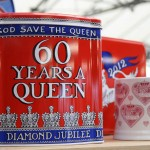 God save the Queen tin and mug